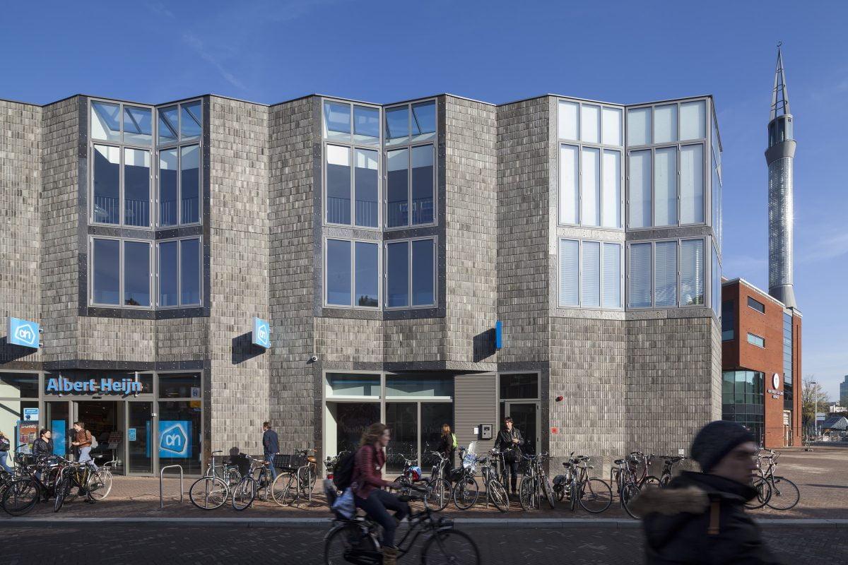 Marlies Rohmer, Kop van Lombok, Utrecht, baksteen, hout, glas, sculptuur, hof, collectief dakterras, binnenstraat, daklichten