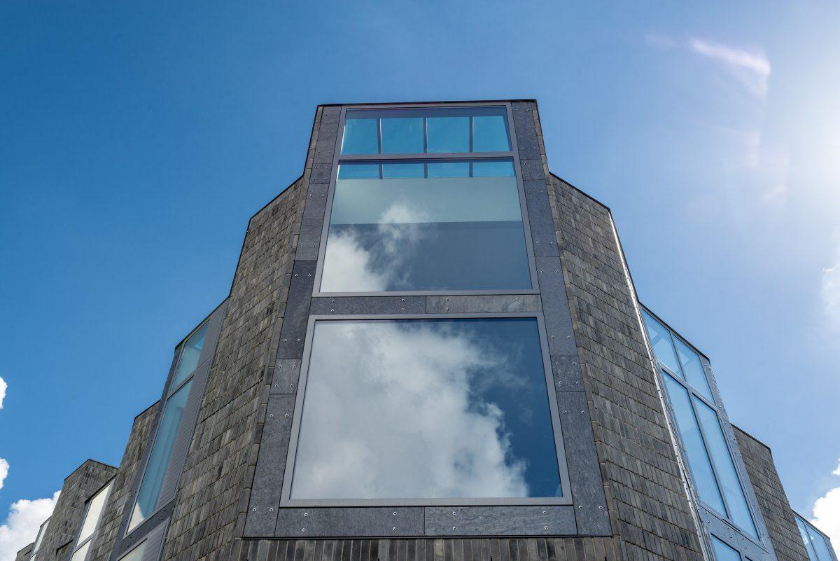 Marlies Rohmer, Kop van Lombok, Utrecht, brick, wood, glass, sculpture, courtyard, collective roof terrace, inner street, skylights
