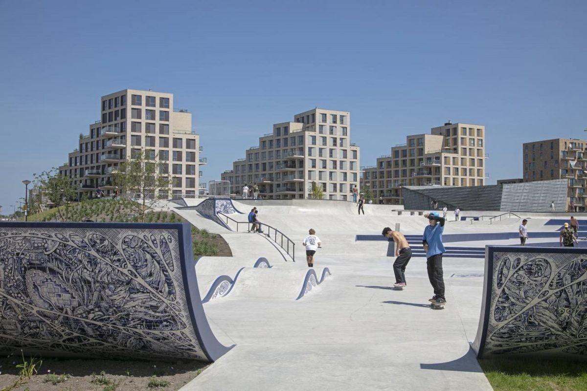 Marlies Rohmer, Sportheldenbuurt, Zeeburgereiland, Amsterdam, supervisor, uitbundige balkons, urban skate zone, sport, stedenbouwkundig plan