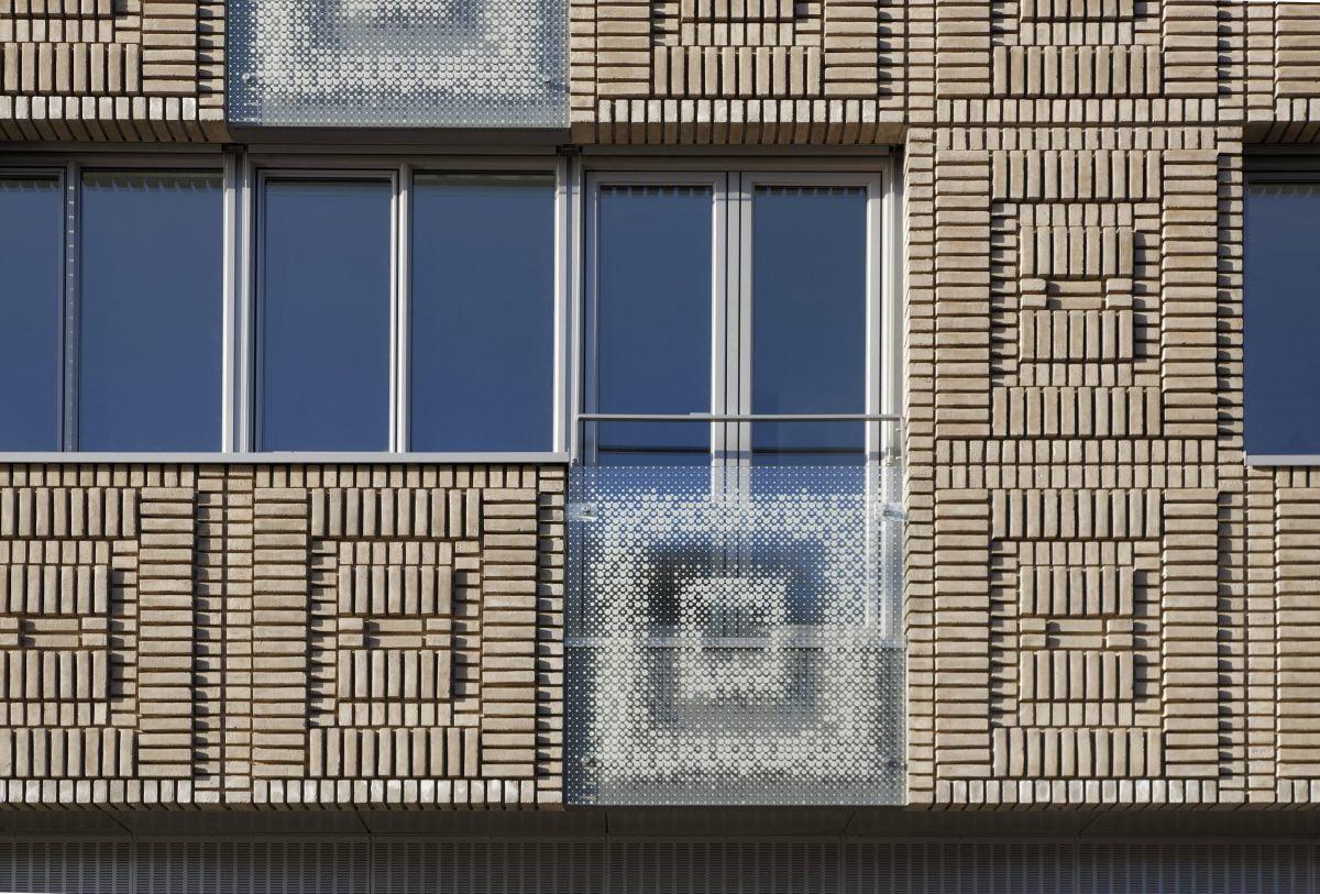 Marlies Rohmer, woningbouw, bedrijfsruimte, Bloemsingel, Groningen, Groningse Architectuurprijs, metselwerkpatroon, ornament, tegelpatroon, oud-nieuw aanpassen, prefab