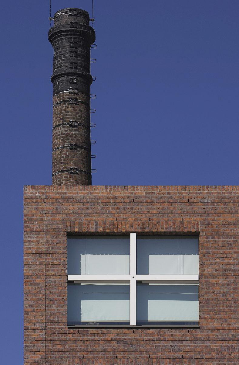 Marlies Rohmer, Dobbelmanterrein, Nijmegen, woningbouw, ateliers, metselwerk, zorg, serre, groen, schoorstenen, ontmoeten, plein, inspraak, CPO