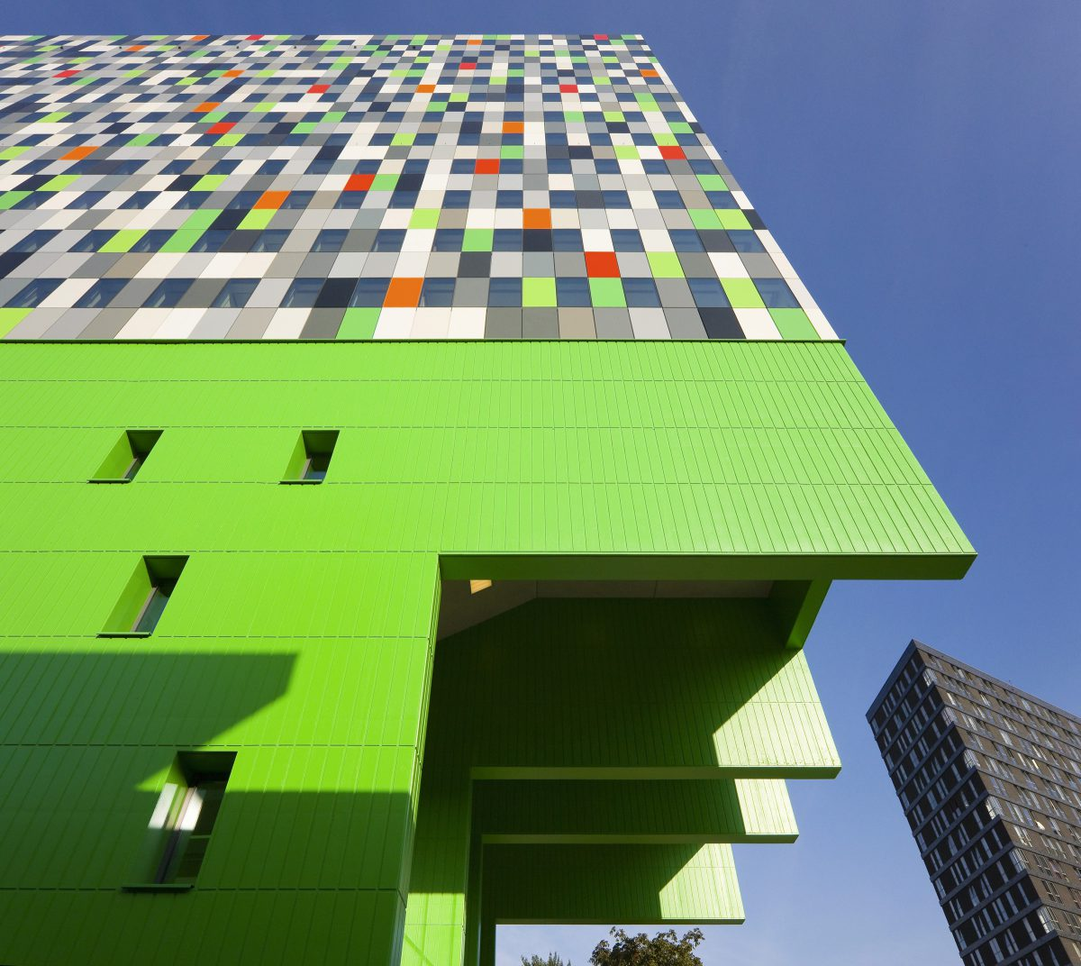 Marlies Rohmer, Casa Confetti, student housing, SSH, Utrecht, Steel plates, abstract, Pattern, porch swing, green